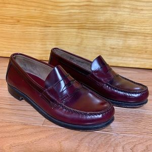 GH BASS Larson Weejuns Leather Loafers in Burgundy